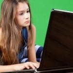 É mais fácil fazer trabalhos escolares consultando a internet?